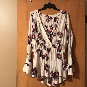 Free People floral print blouse size 6.